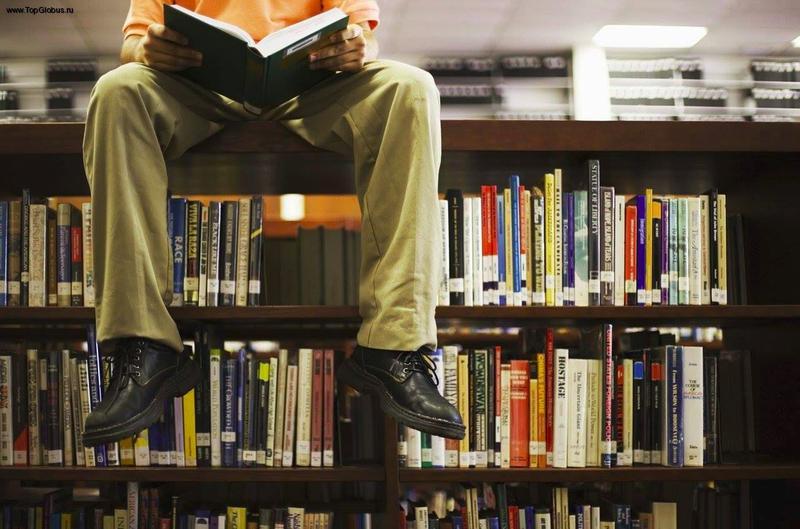 Лучшим средством от забот, тревожности и стресса ученые из Оксфордского университета признали чтение, утверждая, что это занятие оказывает более быстрый эффект на организм. Удивительно, но этот способ много лучше приёма алкоголя, намного эффективнее прогулки, чаепития или прослушивания музыки.